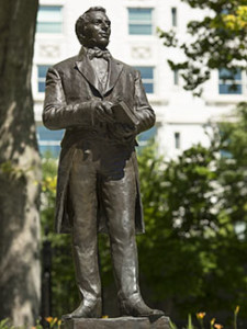 Image: Statue of Joseph Smith