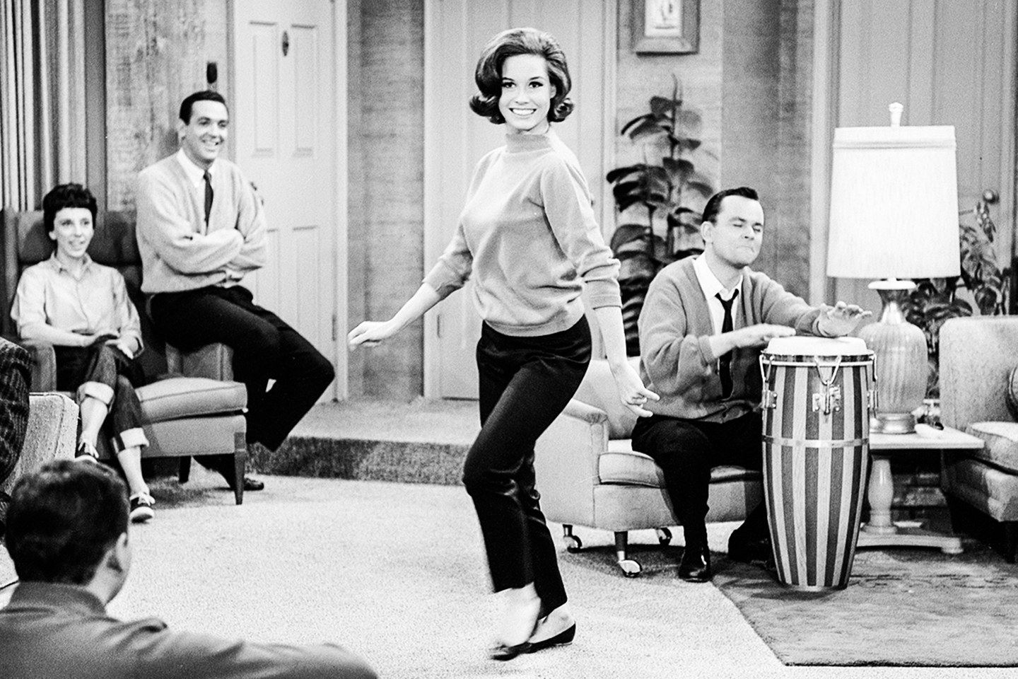 Picture of Mary Tyle Moore as Laura Petrie (wearing pants) on the Dick Van Dyke Show.